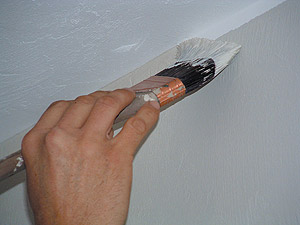 painting tip - stright line on ceiling